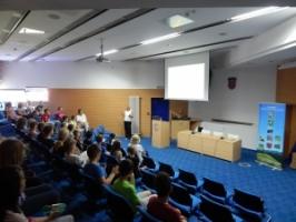 """Javna ustanova Park prirode Velebit organizirala je predavanje u Gradskoj knjižnici """"Ivan Goran Kovačić"""" iz Karlovca"""